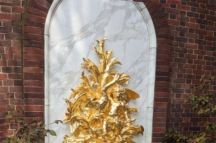23.75kt Gold Leaf Hillwood Museum